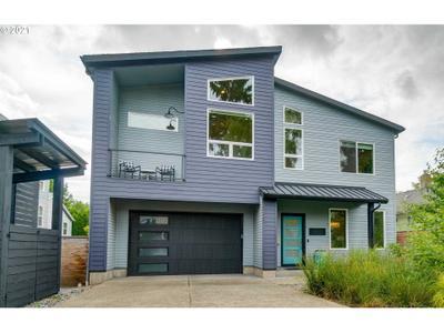 6720 Ne 13th Ave, Portland, OR 97211