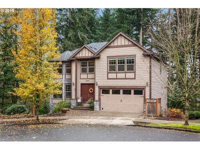 8243 Se Pineridge Ct, Portland, OR 97236