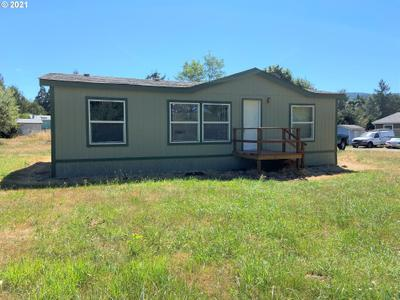 92070 Maple Ln, Springfield, OR 97478