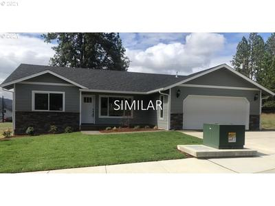 240 Addison Ave, Sutherlin, OR 97479