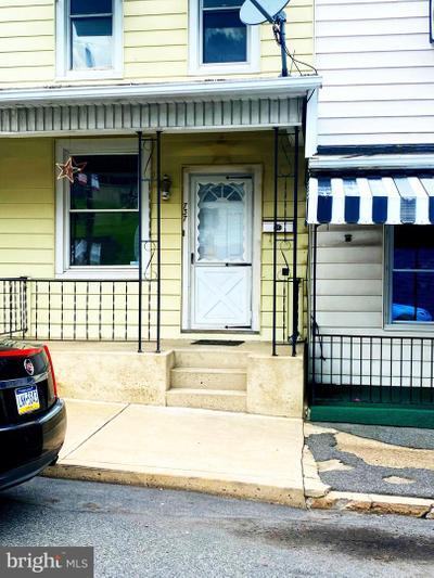 737 Walnut St, Ashland, PA 17921