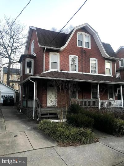 25 Thomas Ave, Bryn Mawr, PA 19010
