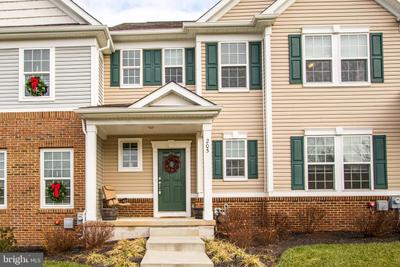 205 Hanover Ct, Chester Springs, PA 19425