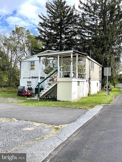 5599 Glen Rd, Coopersburg, PA 18036