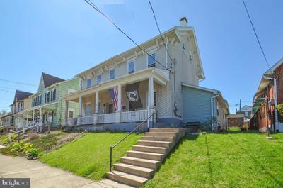 208 S Front St, Coplay, PA 18037