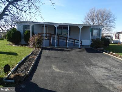 242 Ladnor Ct, Fayetteville, PA 17222