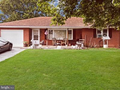 549 Gilbertsville Rd, Gilbertsville, PA 19525