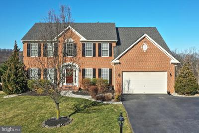 130 Fawn Hill Rd, Hanover, PA 17331