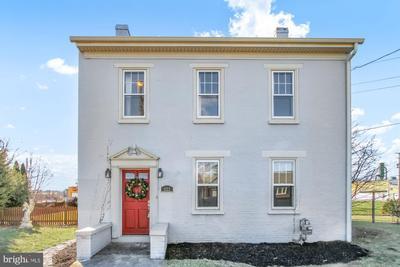 423 Ridge Ave, Hanover, PA 17331