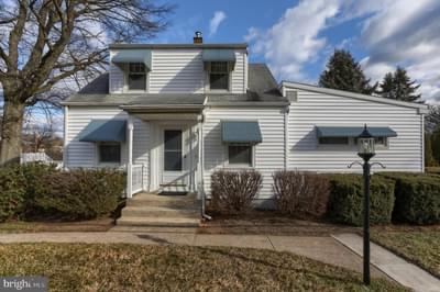 830 Keckler Rd, Harrisburg, PA 17111