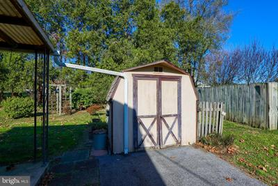 2305 Chesley Dr Image 32