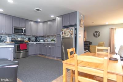 3 Ivory Rock Rd, Levittown, PA 19057 MLS #PABU516590