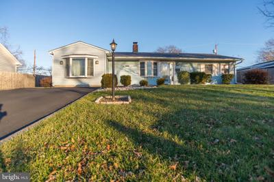 58 Basswood Rd, Levittown, PA 19057