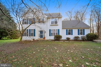 229 Highland View Dr, Lincoln University, PA 19352