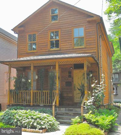 55 N Main St, New Hope, PA 18938