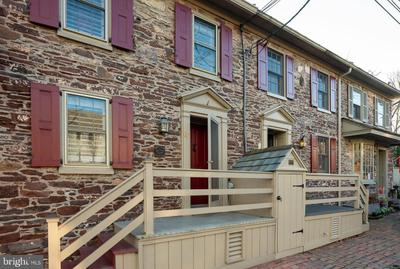 67 W Ferry St, New Hope, PA 18938