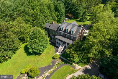 383 Watters Rd, New Park, PA 17352