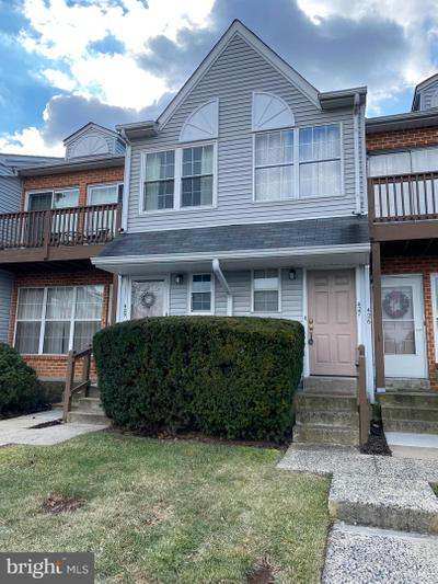 427 Wendover Dr, Norristown, PA 19403