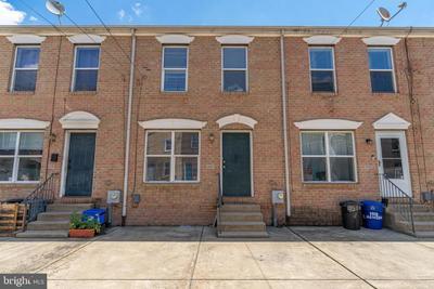 1117 E Hewson St, Philadelphia, PA 19125