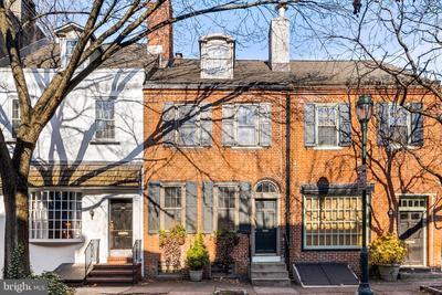 1225 Pine St, Philadelphia, PA 19107 MLS #PAPH992496 Image 1 of 26