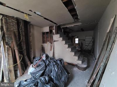 1810 N Mutter St Image 4 of 5