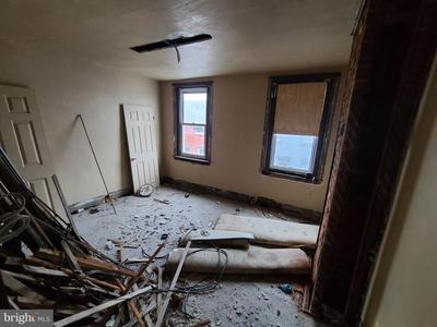 1810 N Mutter St Image 5 of 5