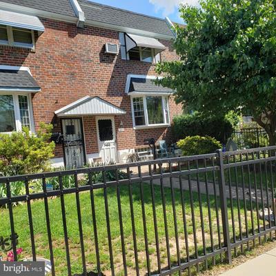 2897 Tremont St, Philadelphia, PA 19136