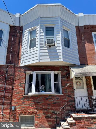 3178 Almond St, Philadelphia, PA 19134