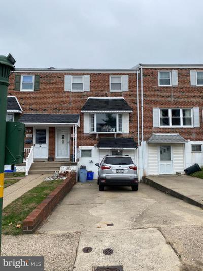 3407 Chalfont Dr, Philadelphia, PA 19154