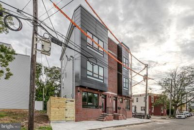 409 W Hewson St #2, Philadelphia, PA 19122 MLS #PAPH2000734 Image 1 of 22