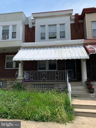 4745 C St, Philadelphia, PA 19120
