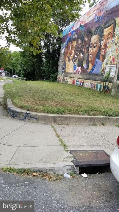 4761 N Camac St, Philadelphia, PA 19141