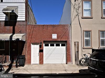 733 Manton St, Philadelphia, PA 19147