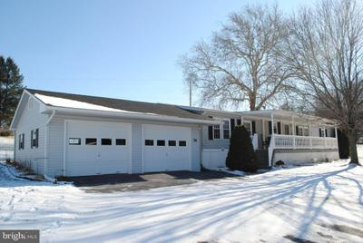 74 Taylor Dr, Ronks, PA 17572