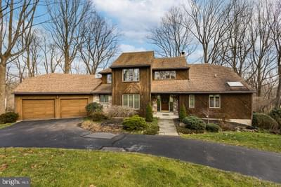 913 General Wayne Dr, West Chester, PA 19382