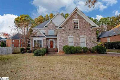 504 Carriage Hill Rd, Simpsonville, SC 29681