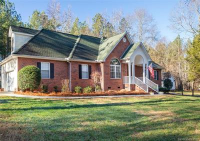 1607 Hunters Place Rd, York, SC 29745