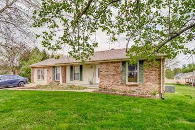 302 Hillman Dr, Clarksville, TN 37040