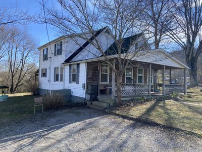 211 Clark St, Livingston, TN 38570