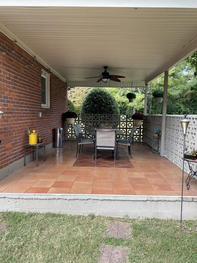 2936 Mccampbell Ave Image 5