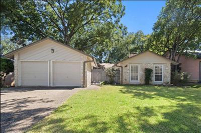 10103 Woodland Village Dr, Austin, TX 78750