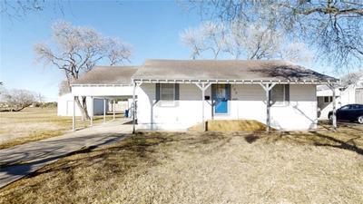 109 W Joyce St, Bishop, TX 78343