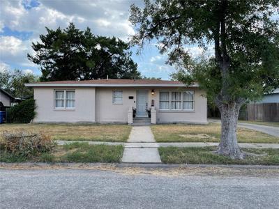 408 E Tubbs St, Bishop, TX 78343 MLS #388230 Image 1 of 18