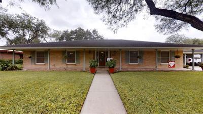 802 E Joyce St, Bishop, TX 78343