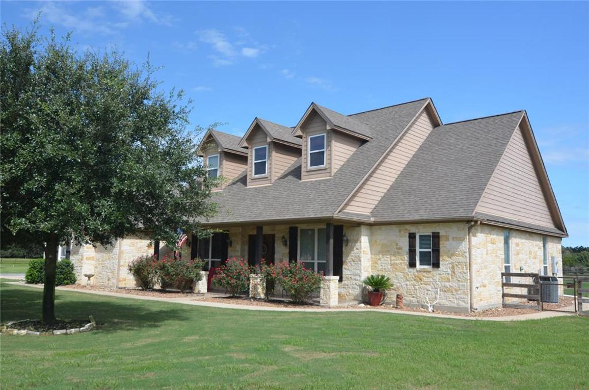 1696 Peach Crossing Dr College Station Tx 77845 Mls