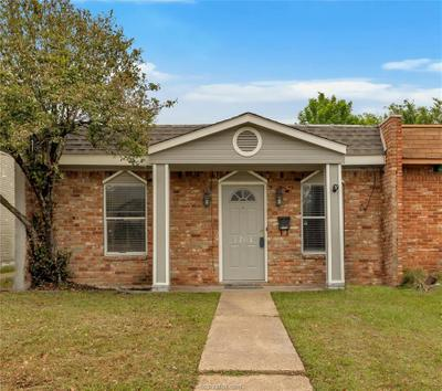 1701 Welsh Ave, College Station, TX 77840