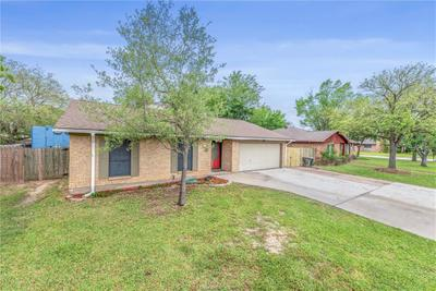 1706 Treehouse Trl, College Station, TX 77845