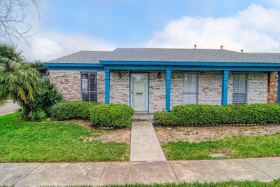11 Townhouse Ln, Corpus Christi, TX 78412