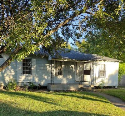1402 Ormond Dr, Corpus Christi, TX 78415