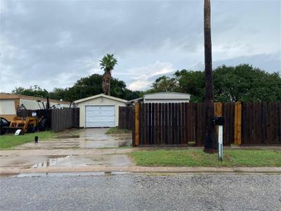 2930 Newport Dr, Corpus Christi, TX 78418